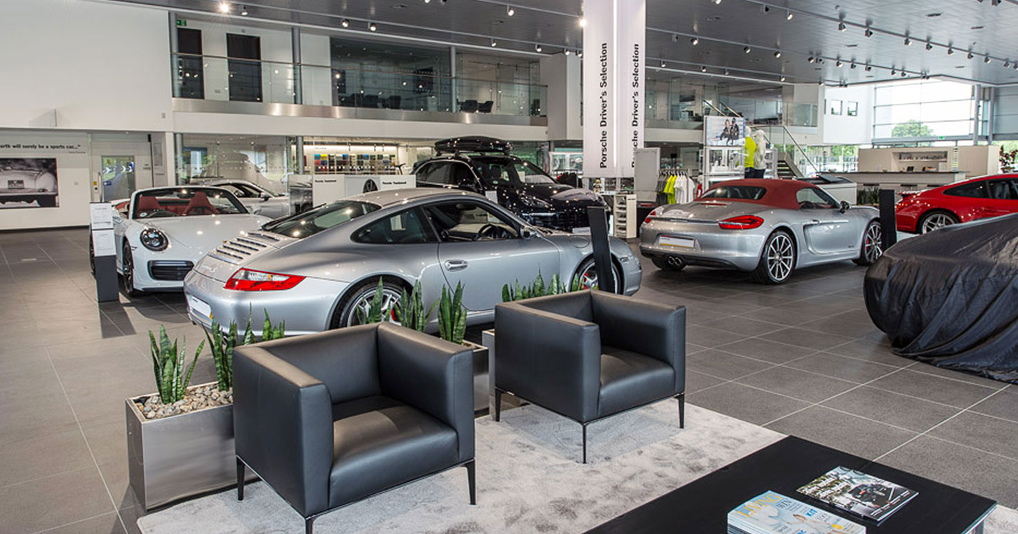 Stratstone Porsche